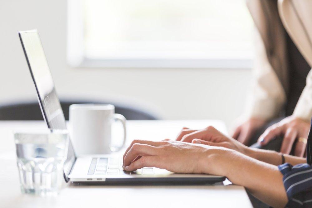 in-office-working-on-laptop_4460x4460.jpg
