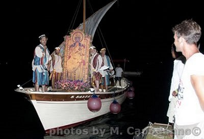 For a complete photo report of the festivities on 8/15/2011 visit Massimo Capodanno's beautiful website.