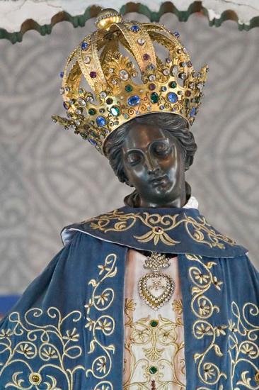 Algiers,portrait black madonna.jpg