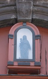 Liege black madonna shrine 2.jpg