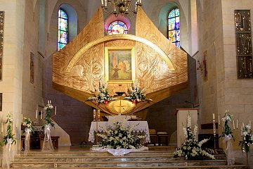 Czarna,altar.jpg