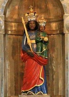 Vienna Black Madonna Augustiner Kirche.jpg