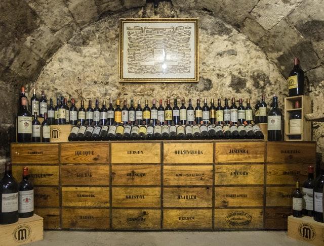 wine-winery-burgundy-rioja-48848.jpeg