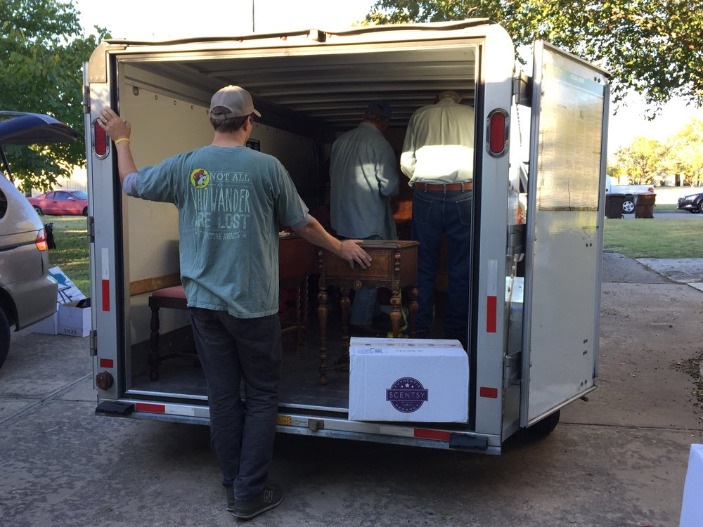 Members of the United Methodist Men showed up last Monday morning to load the heavy stuff.