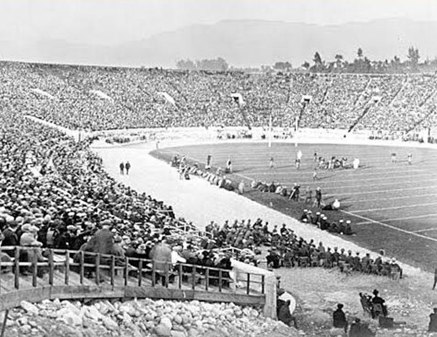 1923, First Rose Bowl Game in Stadium