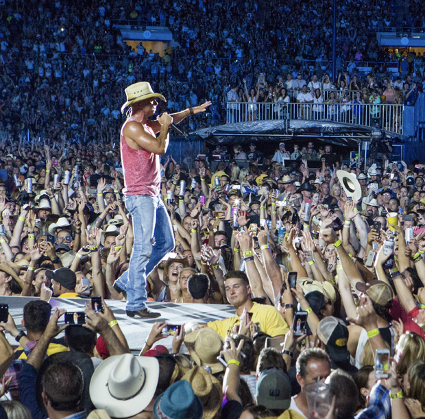 2015 Kenny Chesney Concert - 1st Country Show in Stadium History