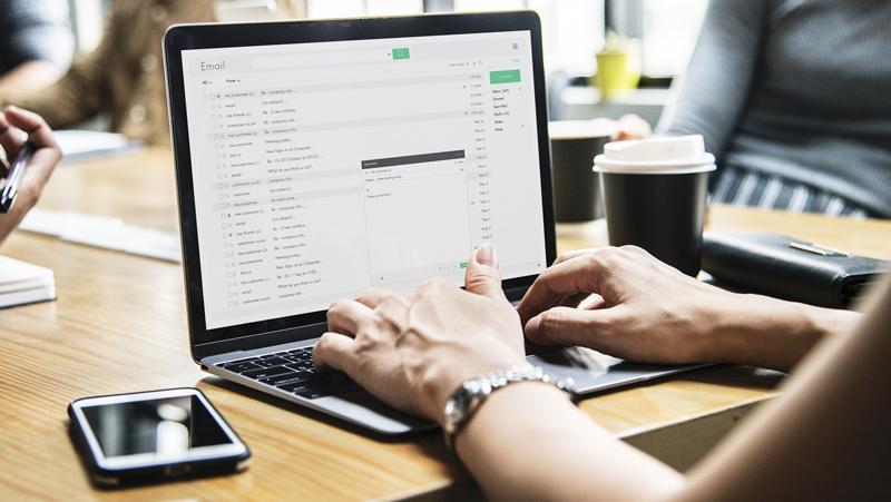 CAMPAÑAS DE EMAIL MARKETING - Hazle saber a tus clientes las ventajas y promociones que tu negocio tiene para ellos