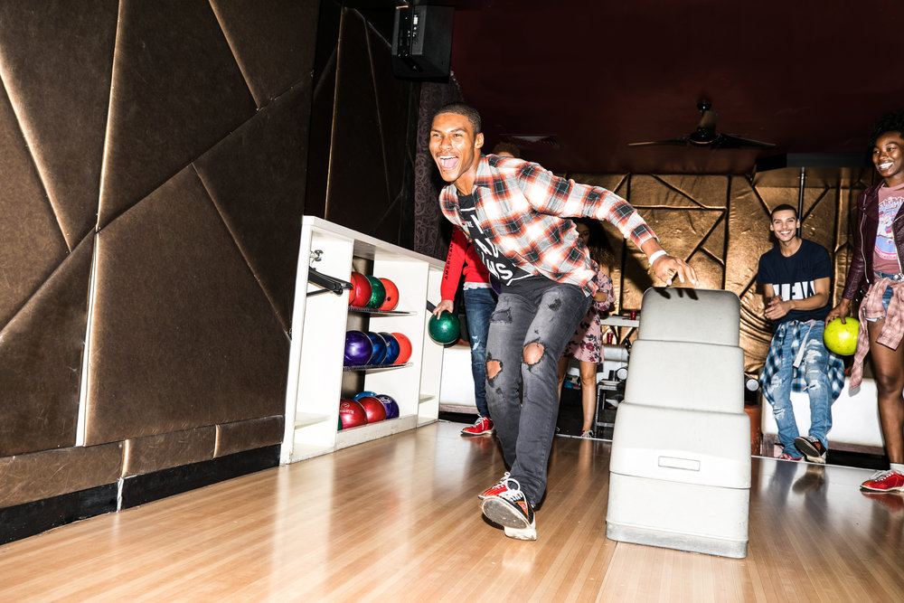19AndreLPerry.Bowling.jpg