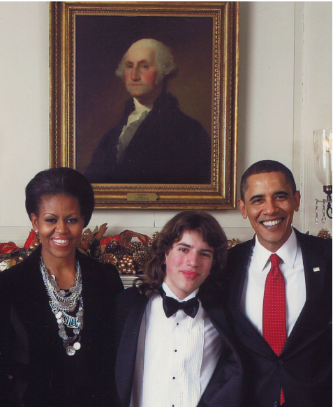 White_House_with_Obama.jpg