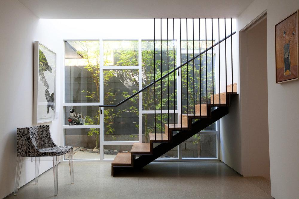 Brentwood_stairsRESIZE 2.jpg