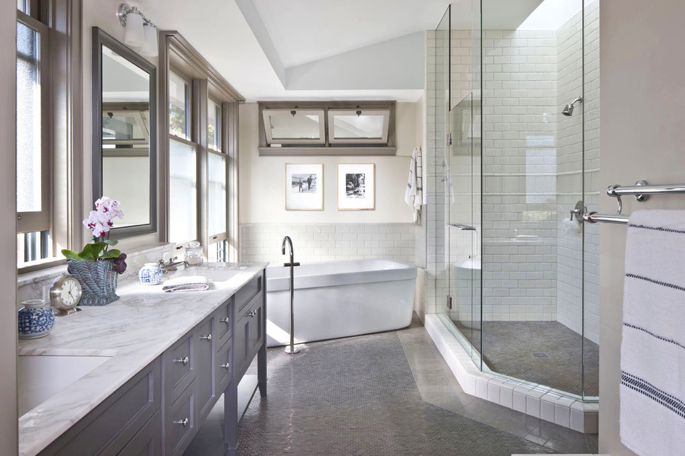 MASTER BATHROOM copy 2.jpg