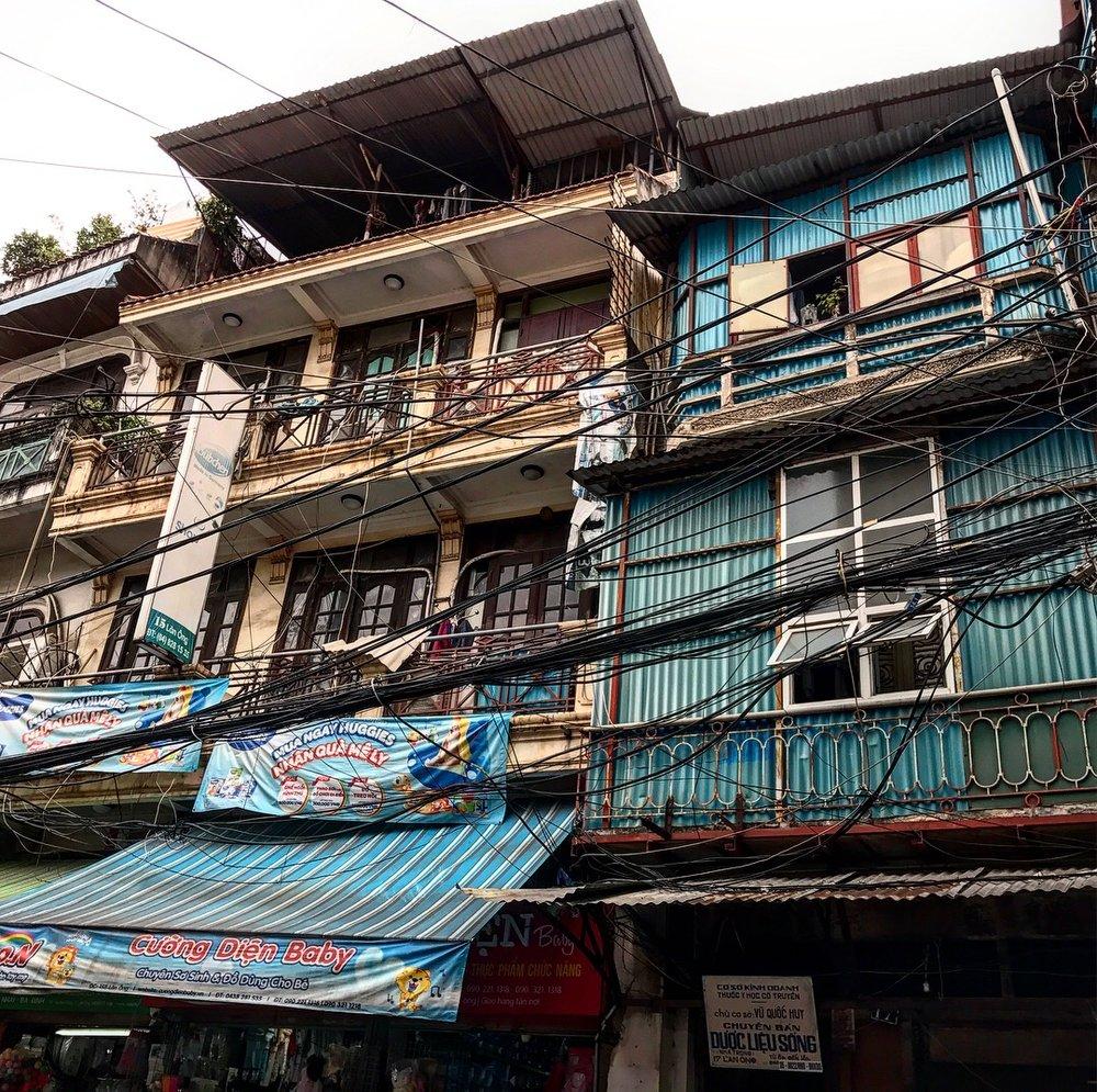 Hanoi wires.JPG