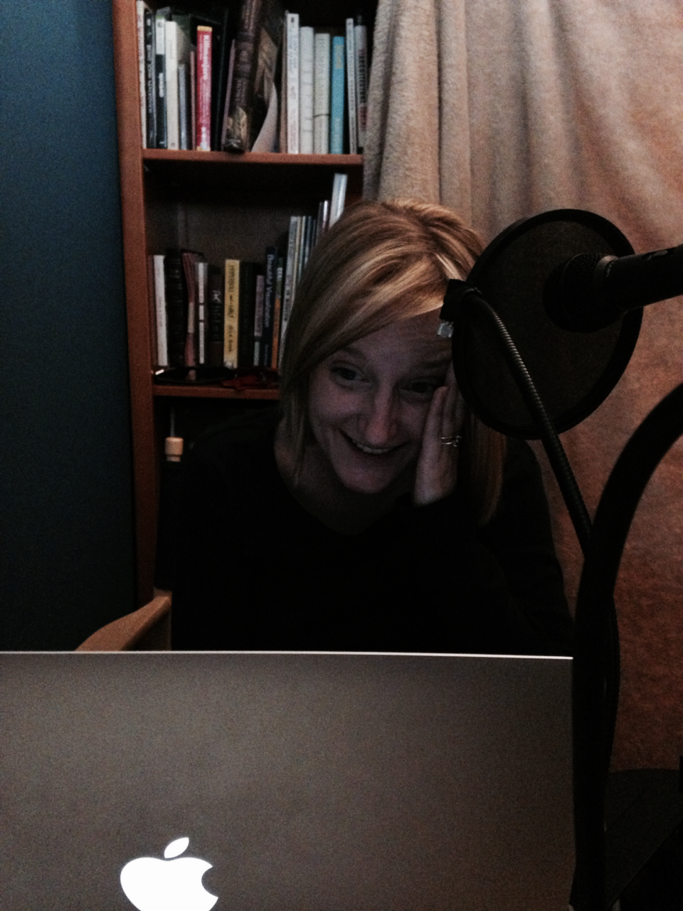 This is Kaarin's spinny-ball-of-death reaction face. Verdict: episode 54 audio is secure.