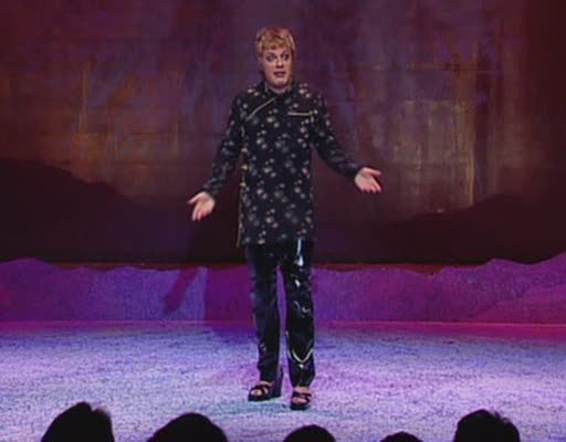 Eddie Izzard in his  Dress to Kill  style phase. AKA Lisa's style icon. Also hair icon.