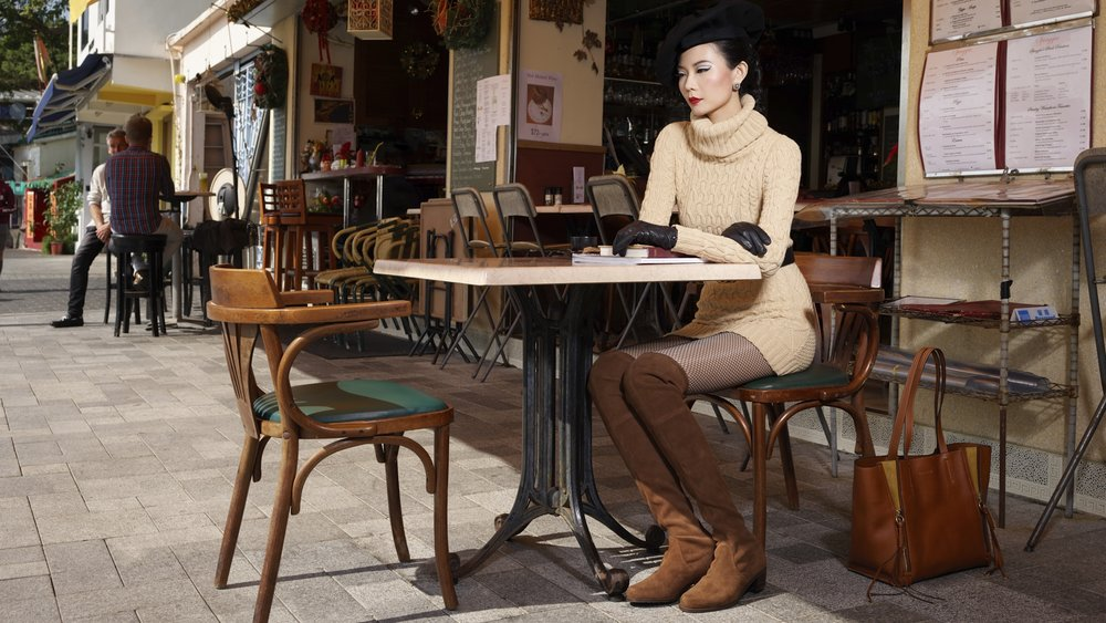Parisian Cafe--UnknownManualCenter-weighted average.jpg