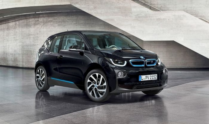BMW i3 2015-17 - The BMW i3 is extremely advanced from its carbon-fibre-reinforced polymer upper body to its super modern styling. 2 battery options are available and the REX model is fitted with a petrol generator that creates electricity that doubles the driving range.