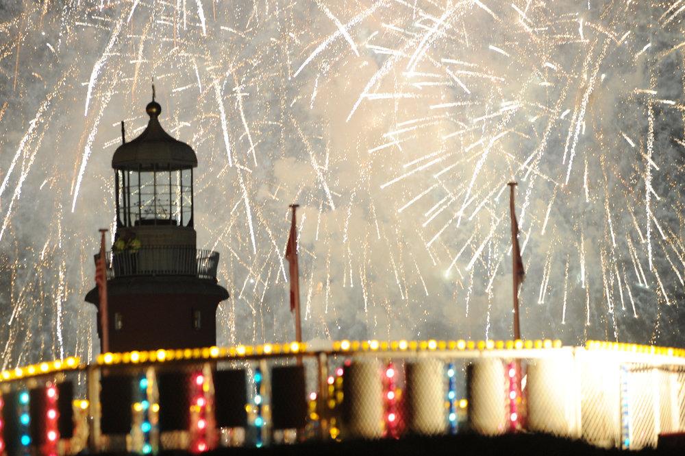 Star Fireworks 04.JPG