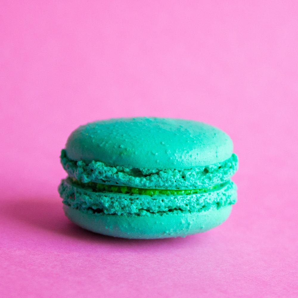 Ohlala Blue Macaron