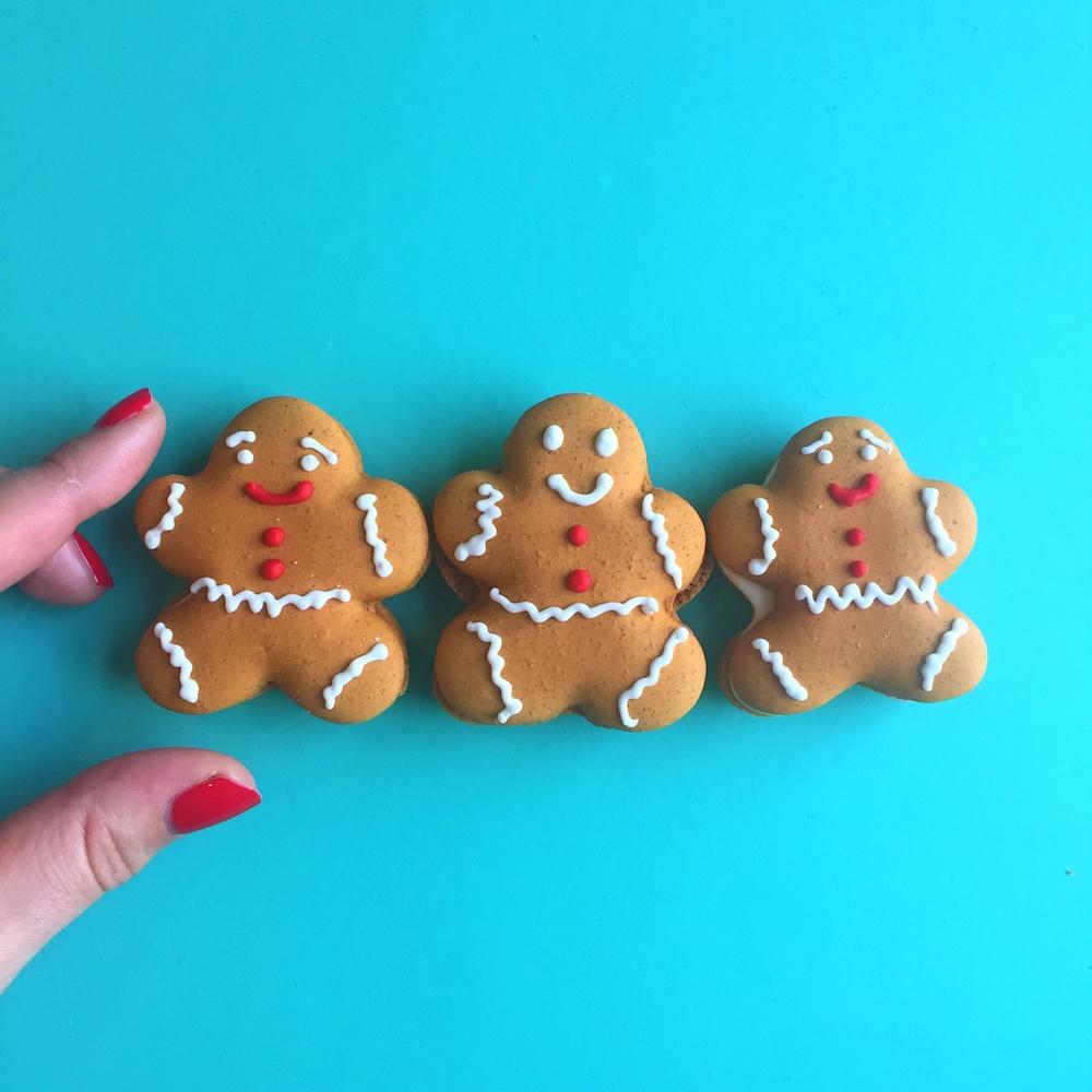 Gingerbread Macarons small.jpg