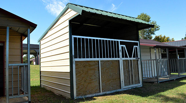 Steel-Loafing-Shed-with-Gate.jpg