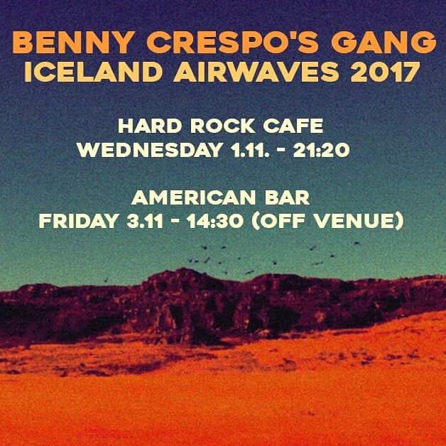Only 4 days till christmas! Our favorite time of the year 🤘🎤🎸🥁🎹🎼@icelandairwaves