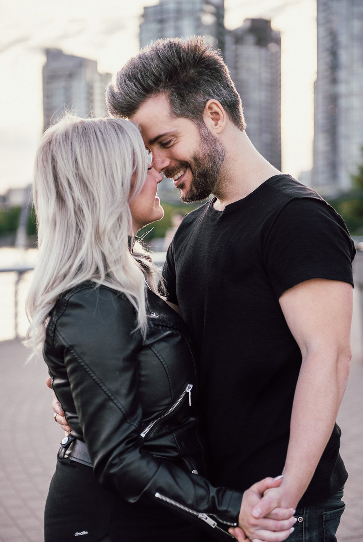 vancouver-wedding-engagement-couple-homepage-photographer-2.jpg
