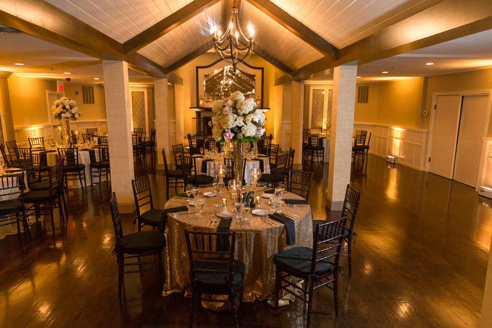 Reception Lighting - The visual accent that will set the right mood at the right time.