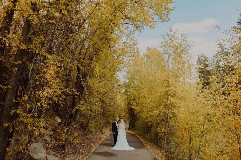 Autumn Weddings - Colorful Colorado