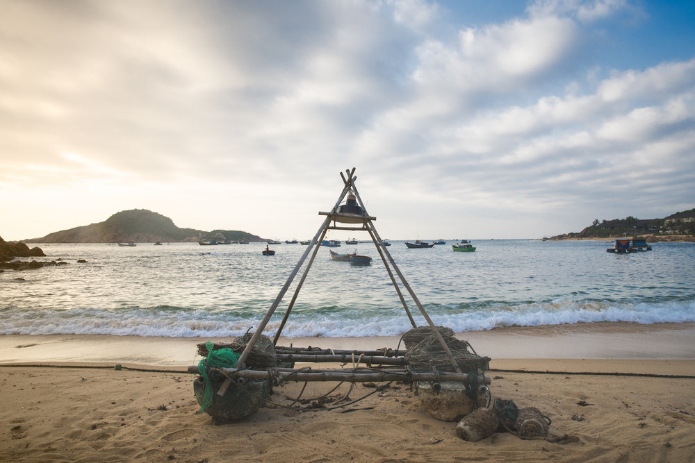 PlankBoat_Vietnam.jpg