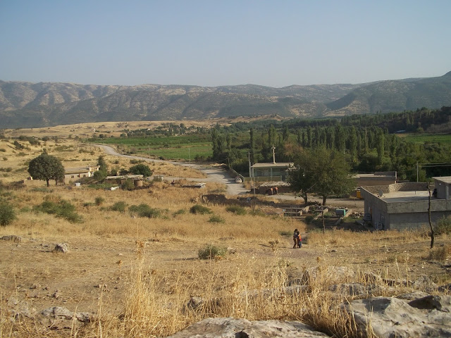Kashkawa village in back left, Dupre village in front right. Photo by: Peggy Gish.