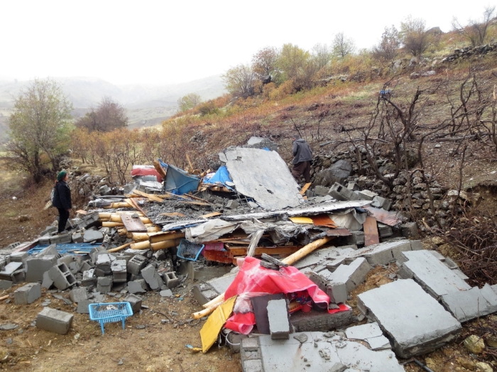 *Home destroyed by Turkish bombardments in the Qandil region. 2015