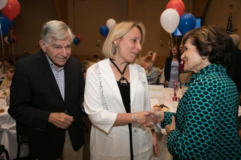 Rep. Ehrlich greets Kitty Dukakis