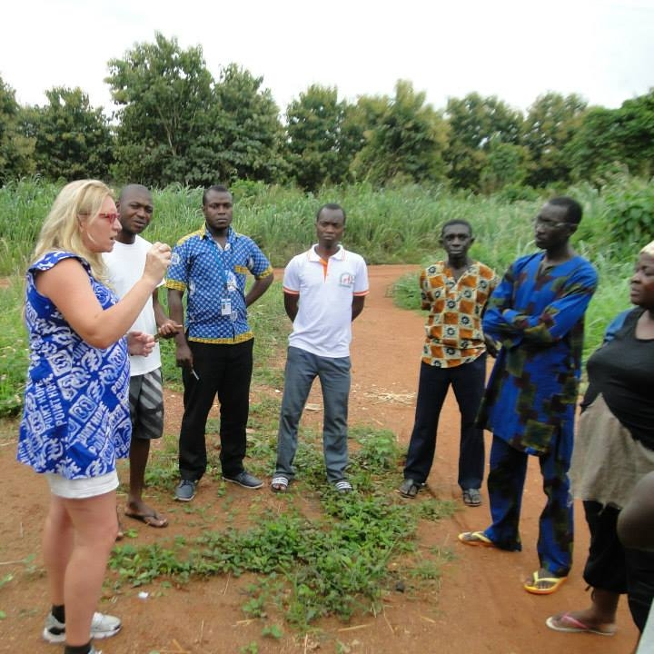 Delilah comes to Ghana on a regular basis, where she teaches sustainable, organic farming methods.