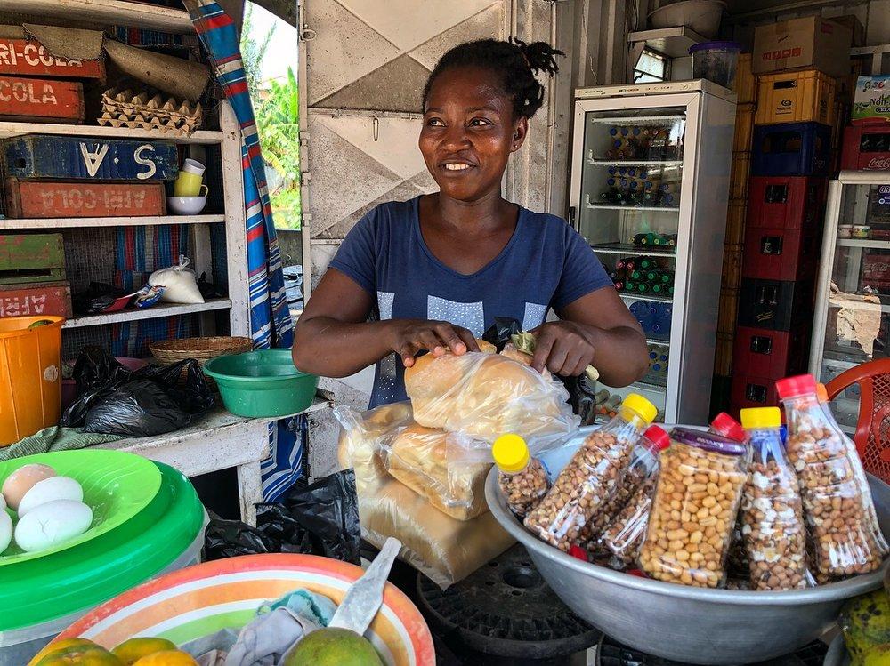 Lizzy; Asylum Down, Accra