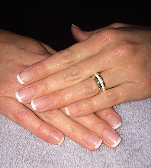 Pose d'ongles en gel main.jpg