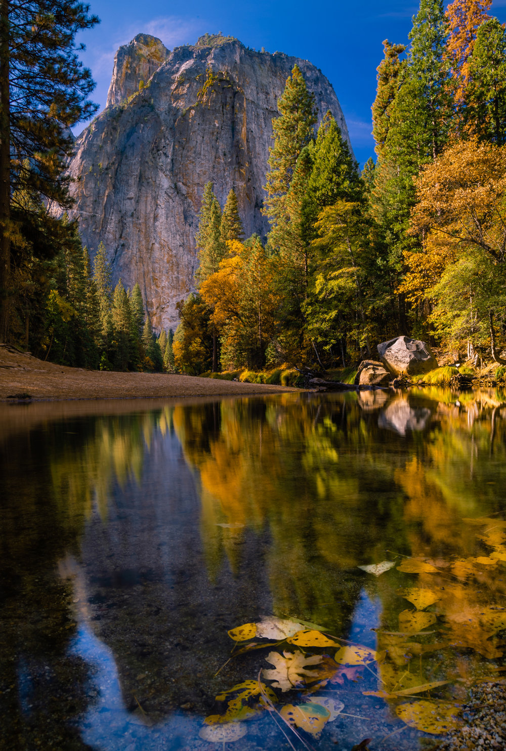 Cathedral Rock and the Merced River in Yosemite National Park
