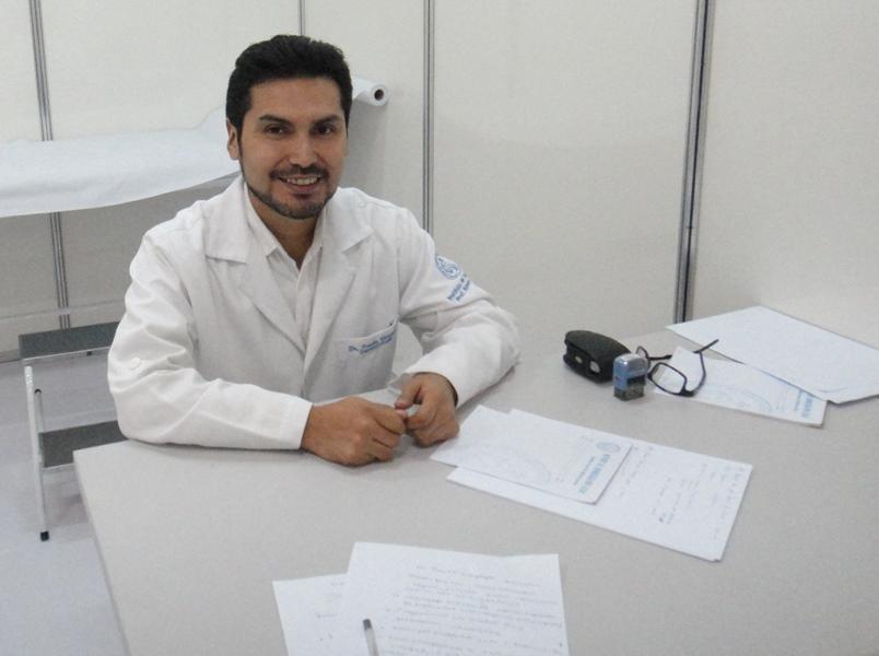 Dr. Paulo Veizaga, médico aluno do curso de Dermatologia