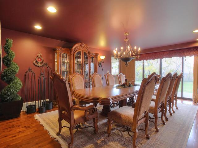 127 Quesnell Cres Edmonton AB-MLS_Size-020-76-Dining Room-640x480-72dpi.jpg