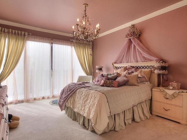 127 Quesnell Cres Edmonton AB-MLS_Size-053-83-Bedroom 2-640x480-72dpi.jpg