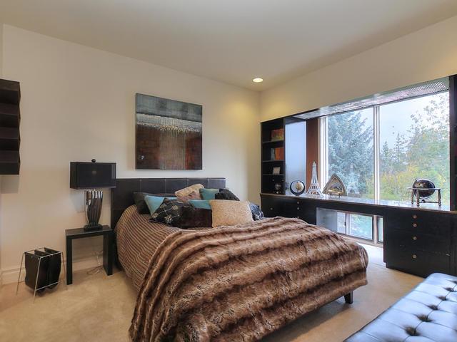 127 Quesnell Cres Edmonton AB-MLS_Size-056-81-Bedroom 3-640x480-72dpi.jpg