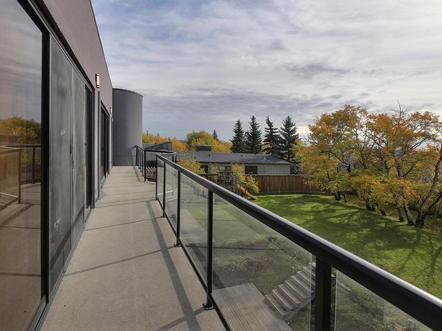 127 Quesnell Cres Edmonton AB-MLS_Size-078-94-Balcony-640x480-72dpi.jpg