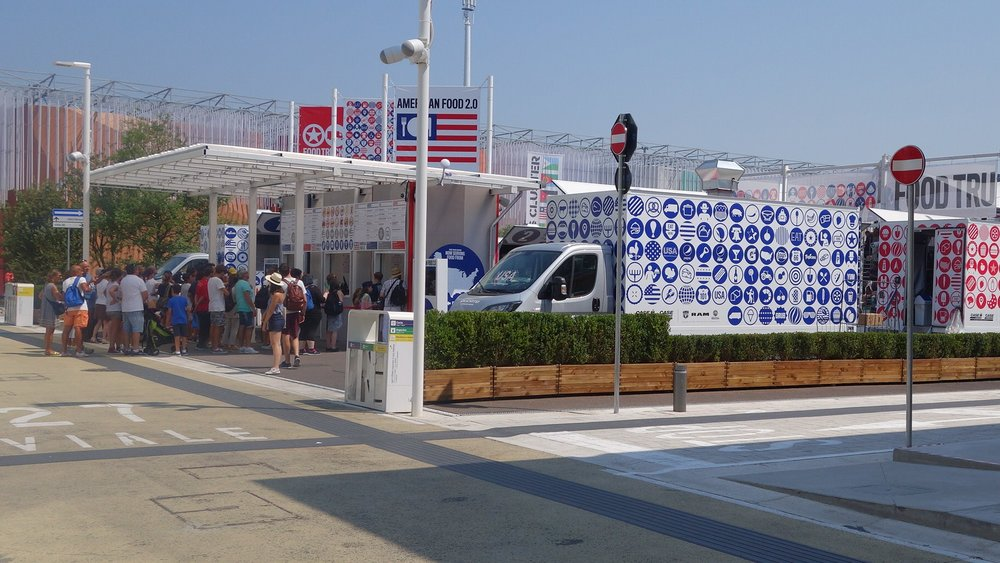 USA Pavilion EXPO Milano 2015 food trucks.jpg