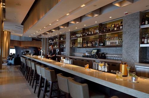 Café Gray Deluxe Hong Kong bar lores.jpg