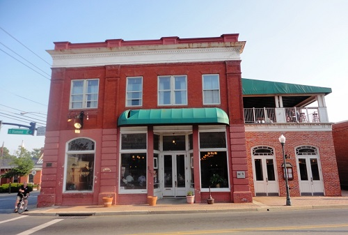 Olde Towne Tavern and Brewing Company lores.jpg