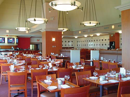 Champions Bar & Grill, Arthur Ashe Stadium, US Tennis Center   Photo: Levy Restaurants