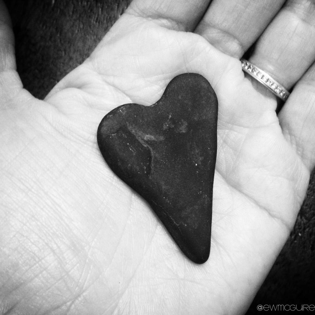 2015.heartshape.bw