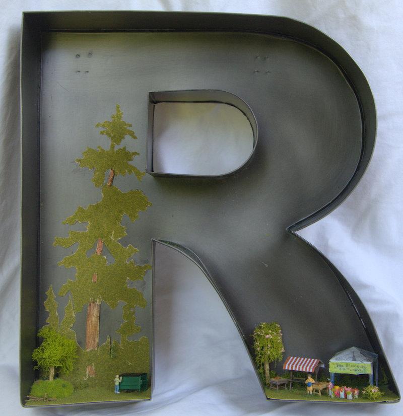 Diarama R copy 2.jpg