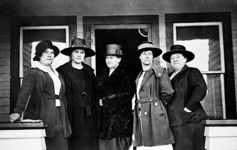 Petticoat Takeover - Jackson's all-woman town council was made up of Mae Deloney, Rose Crabtree, Grace Miller, Faustina Haight and Genevieve Van Vleck. They served from 1920 to 1923.