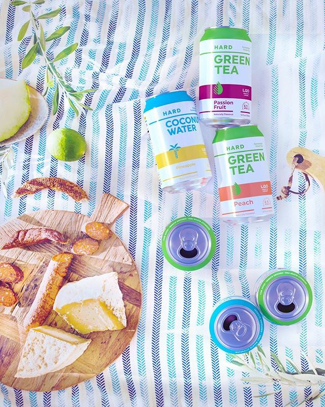 "Your new fave fall beverages are finally here! Perfect for your post-Thanksgiving ""detox"" 🤗🥥🌴🍍🍵 #DrinkLQD"