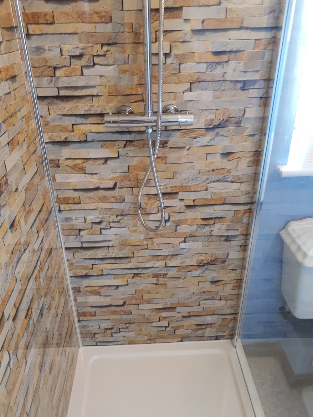 Projects Paul Drew Plumbing And Tiling - Aquaboard shower panels